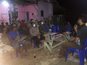 Bhabinkamtibmas Kelurahan Malasom Hadiri Kegiatan Rapat  Pembentukan pengurus  RT 02/RW 11