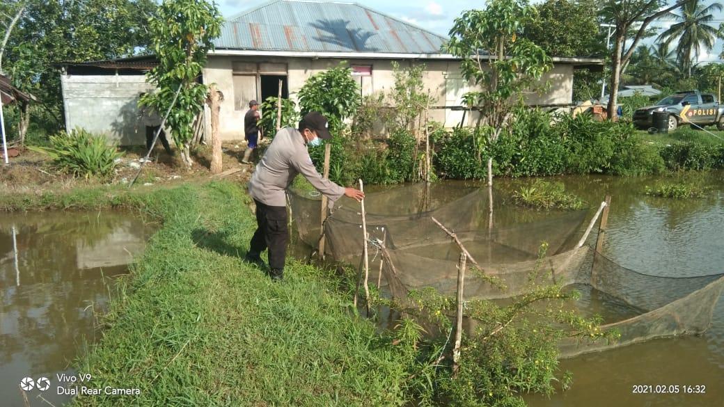 Anggota piket regu III Polsek Salawati Patroli di Arahkan ke Kampung Tangguh