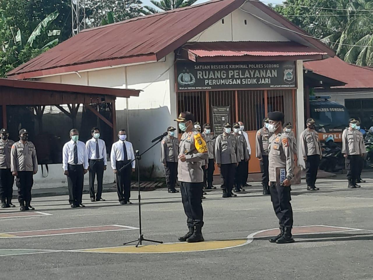 Kapolres Sorong AKBP. Robertus A. Pandiangan, S. Ik, MH, pimpin Kegiatan Apel Skala Besar (Konsolidasi Kekuatan)