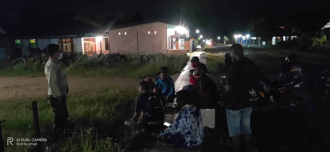 Bhabinkamtibmas Kelurahan Malagusa Sosialisasi Penerimaan Polri Jalur Afirmas Otsus T.A 2021