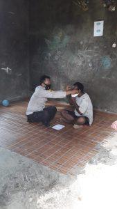 Bhabinkamtibmas Kampung Klayas Distrik Seget Sambangi Warga Binaan