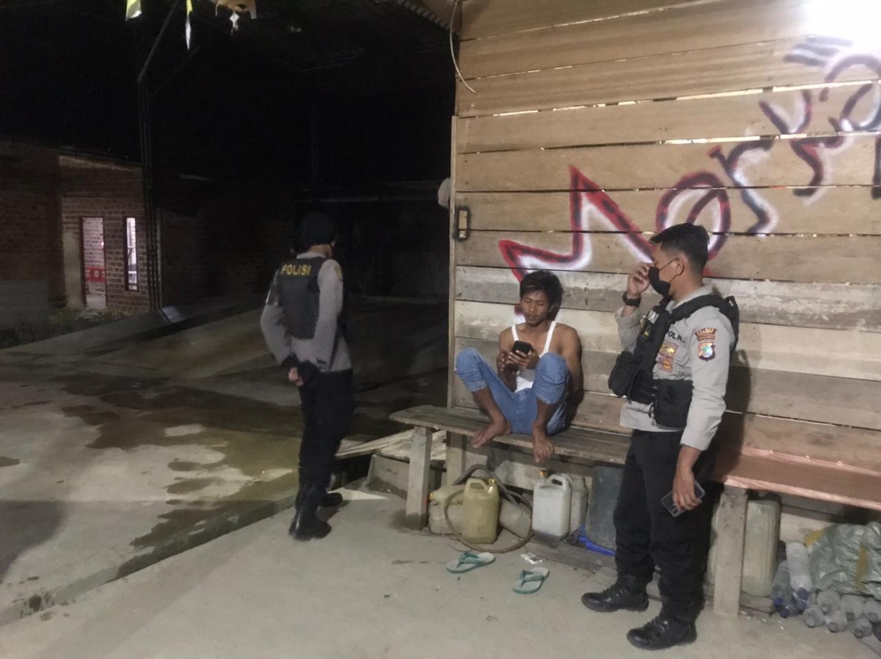Piket Patmor Satuan Sabhara Polres Sorong Giatkan Patroli Siang Malam untuk Antisipasi Tindak Kriminalitas