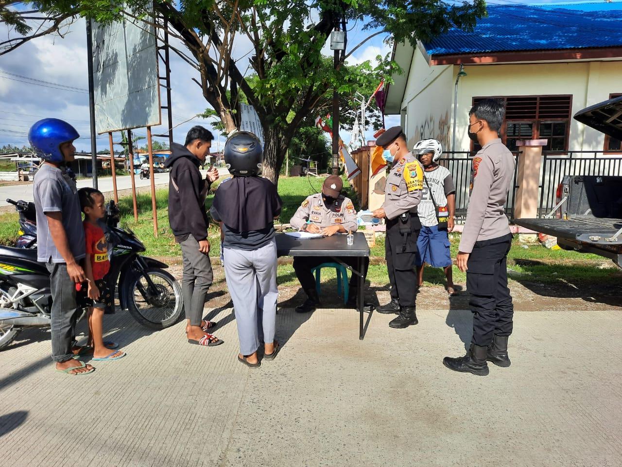 Personil Satgas Aman Nusa II – 2021 Polres Sorong Operasi Yustisi