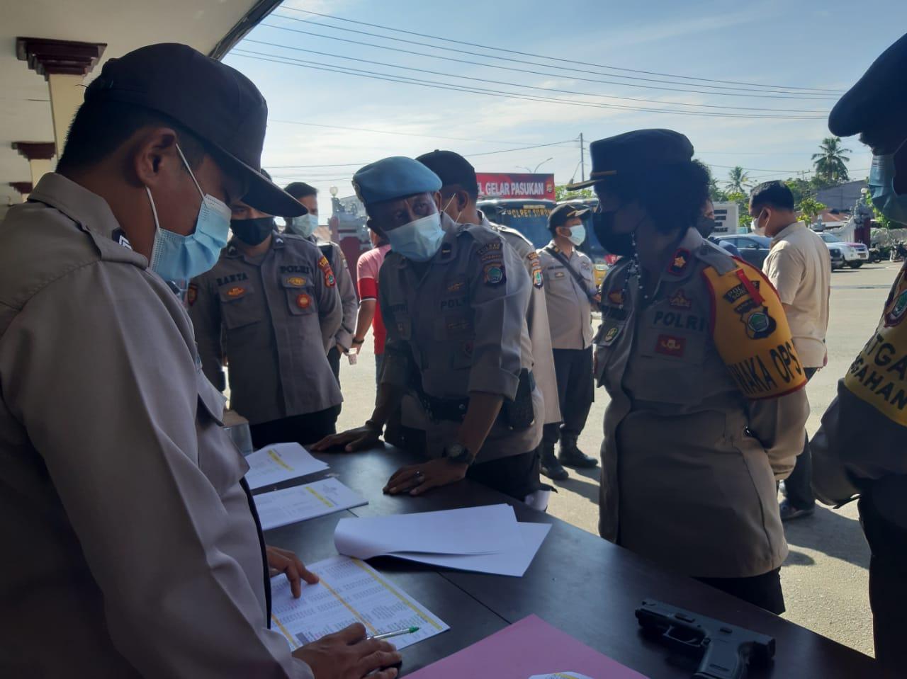 Antisipasi Penyalagunaan Senpi, Waka Polres Sorong pimpin Pengecekan dan pemeriksaan Senpi Organik