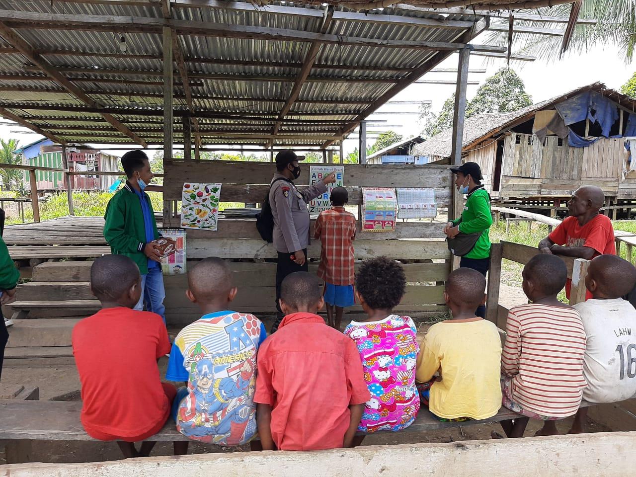 Bhabinkamtibmas Kelurahan Malasom Ajak Generasi muda  Menjadi Generasi Yang Cerdas dan berkarakter