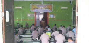 Polres Sorong Peringati Isra Mi'raj, Kapolres Di Wakili Kabag Sumda Ajak Personel Tingkatkan Ibadah