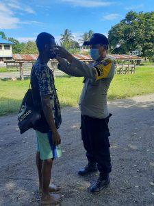 Personil Polres Sorong Secara Rutin Sosialisasi dan Himbauan serta Teguran Kepada Warga Yang Tidak Patuh Porkes Pemerintah