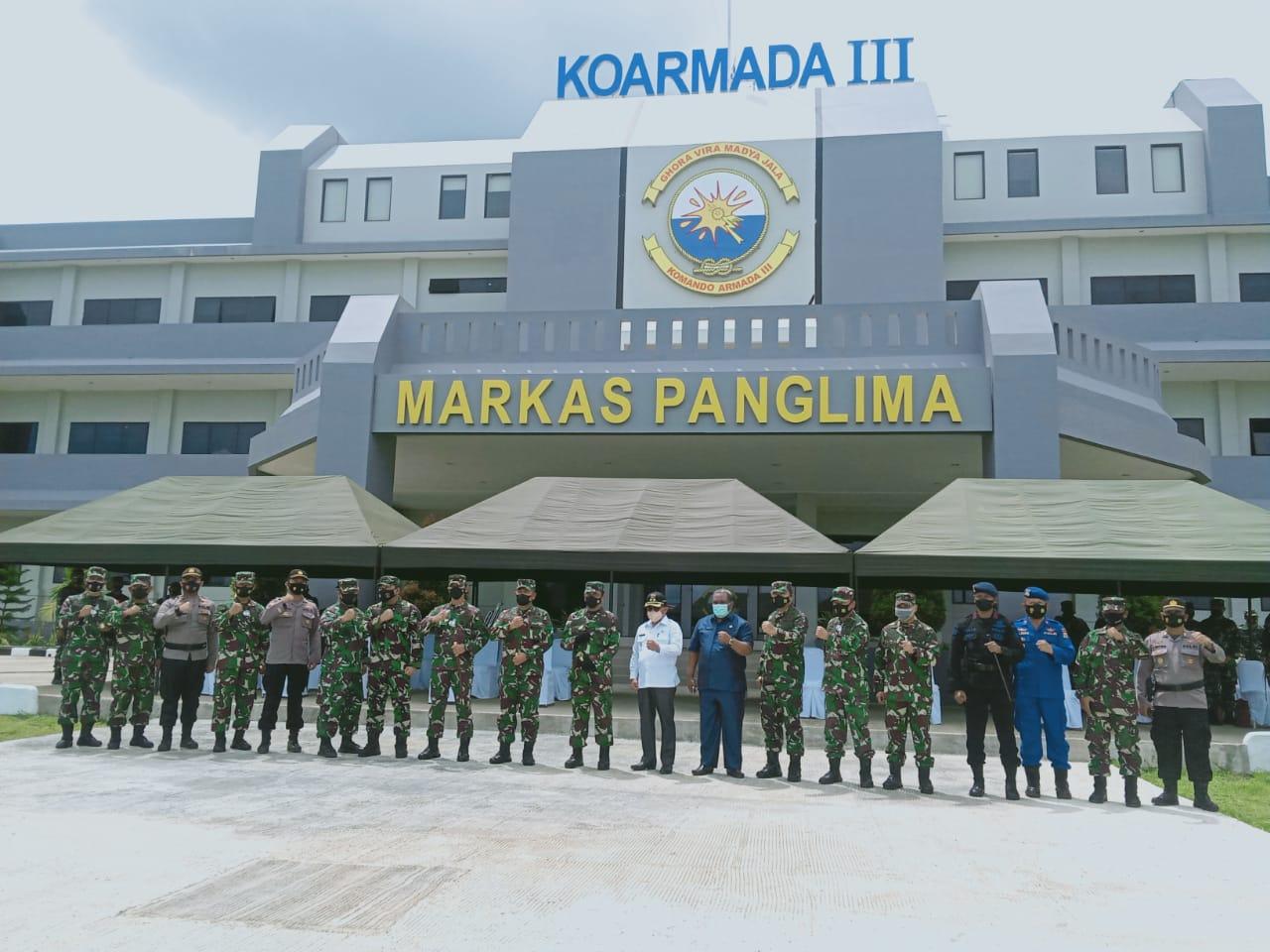 Kabag ops menghadiri Upacara Pembukaan Pendidikan Dasar keprajuritan dan Dasar Golongan Dikmaba TNI AL Angkatan XLI tahun anggaran 2021