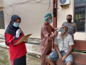 11 Orang Tahanan Polres Sorong di-Swab Test Antigen