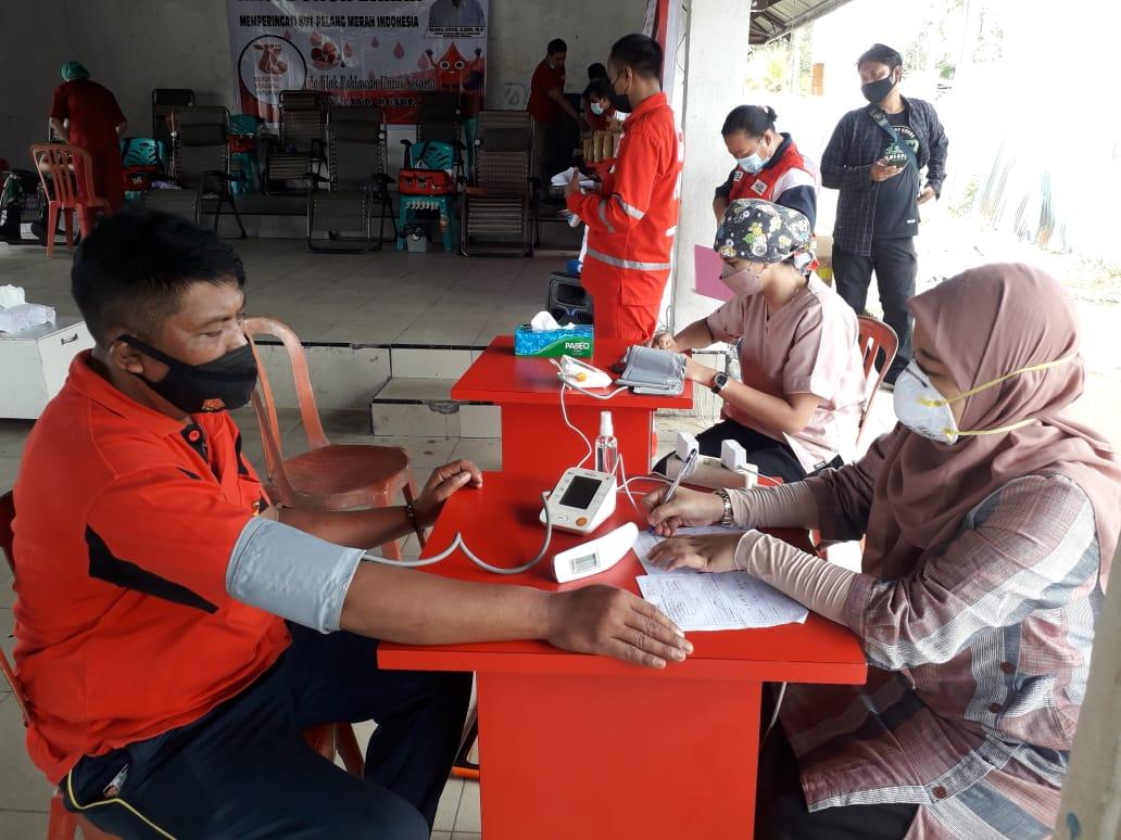 Polres Sorong Ikut Berpartisipasi Donor Darah Dalam Rangka HUT PMI Ke-76
