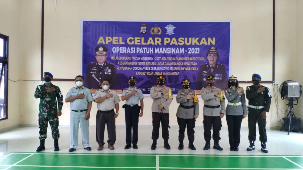 Polres Sorong Papua Barat Apel Gelar Pasukan Operasi Patuh Mansinam 2021