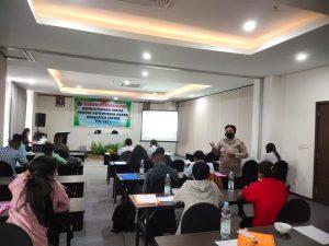 Kapolres Sorong Di Wakili KBO Binmas Sebagai Narasumber Dalam Acara Bimbingan Konseling Remaja Gereja