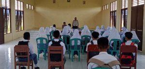 Polsek Aimas Sosialisasi Tertib berlalulintas di SMU Muhammadiyah Kabupaten Sorong