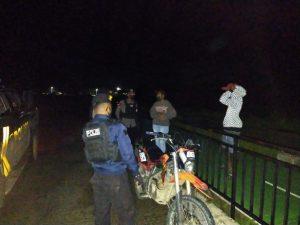 Piket Patroli Motor (Patmor) Sambangi Warga Masyarakat Berikan Himbauan Kamtibmas Dan Prokes