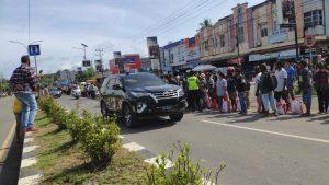 Personil Polres Sorong Lakukan Pengamanan Jalur Kunjungan Presiden RI Ke Aimas Kabupaten Sorong