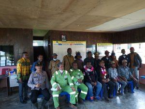 Kapolsek Seget Hadiri Acara Kunjungan Kerja Anggota DPD RI Papua Barat Di Kampung Badbirow