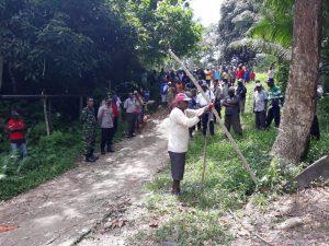 Kapolsek Makbon Lakukan Mediasi Terkait Pemalangan Jalan Pembangunan dan pengembangan lokasi tempat wisata